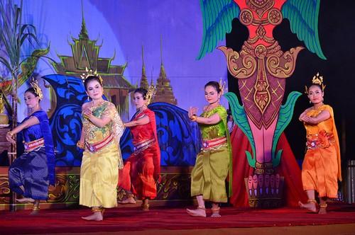 Lễ hội Ok Om Bok và văn hóa của người Khmer - ảnh 2
