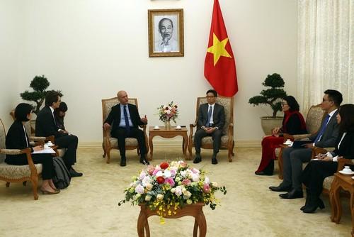 Phó Thủ tướng Vũ Đức Đam tiếp Tổng thư ký Hiệp hội an sinh xã hội quốc tế  - ảnh 1