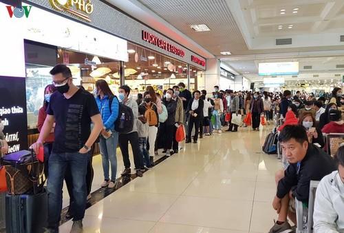 Cả nghìn người Việt tại châu Âu, ASEAN ồ ạt hồi hương, sân bay quá tải - ảnh 1