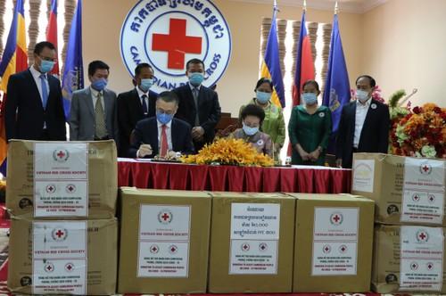 Hội Chữ thập đỏ hai nước Việt Nam – Campuchia chung tay chống COVID-19 - ảnh 1
