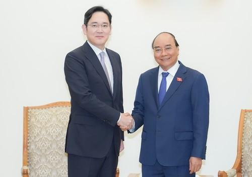 Thủ tướng tiếp Phó Chủ tịch Tập đoàn Samsung - ảnh 1