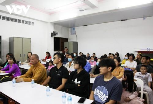 Chùa Phật Tích tại Lào mở khóa học ngôn ngữ miễn phí cho người Việt - ảnh 2