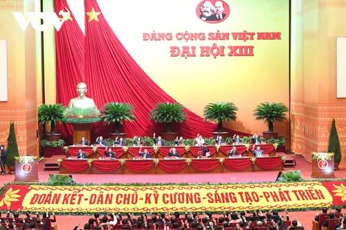 Đại hội  lần thứ XIII Đảng Cộng sản Việt Nam: Đặt nhân dân làm trung tâm, khơi dậy khát vọng phát triển - ảnh 1