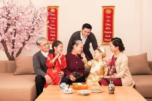 Tết nguyên đán mang đậm cốt cách, văn hóa và tinh thần người Việt - ảnh 2
