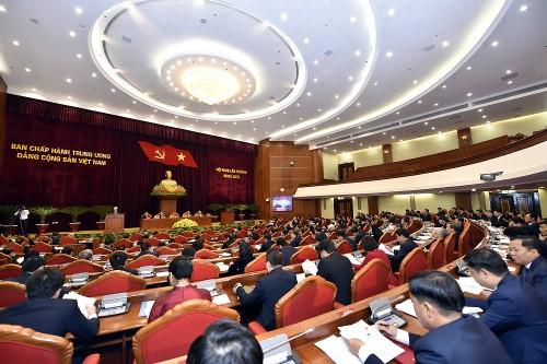 Ngày làm việc thứ nhất của Hội nghị lần thứ hai Ban Chấp hành Trung ương Đảng khoá XIII - ảnh 1