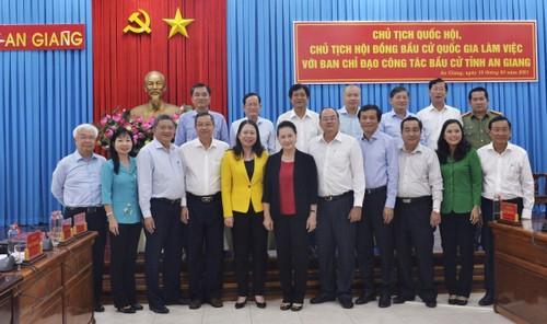 Chủ tịch Quốc hội Nguyễn Thị Kim Ngân làm việc với BCĐ công tác bầu cử tại An Giang - ảnh 1