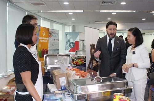 Hoa Kỳ đẩy mạnh quảng bá và xuất khẩu nông sản, thực phẩm vào Việt Nam - ảnh 1