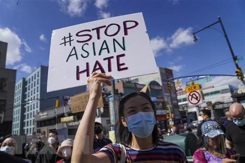 Việt Nam hoan nghênh việc Tổng thống Hoa Kỳ ký ban hành Đạo luật cấm kỳ thị người Mỹ gốc Á - ảnh 1