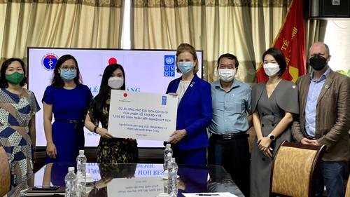 UNDP cung cấp hơn 1500 bộ sinh phẩm xét nghiệm RT PCR cho Việt Nam - ảnh 1