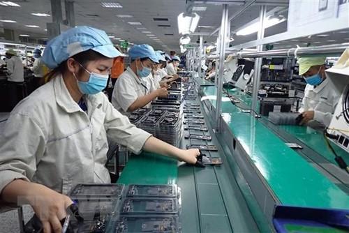 Bảo đảm việc làm bền vững, nâng cao mức sống, cải thiện điều kiện làm việc của công nhân lao động - ảnh 1