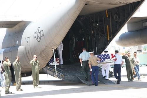 Việt Nam bàn giao hài cốt quân nhân Hoa Kỳ - ảnh 1