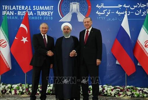 Саммит по Сирии: Итоговая декларация подчеркивает необходимость мирного урегулирования ситуации  - ảnh 1