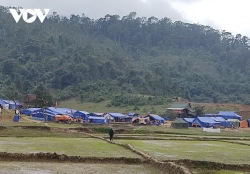 Эвакуированные из-за наводнений жители уютно встречают Тэт в ожидании нового жилья - ảnh 1