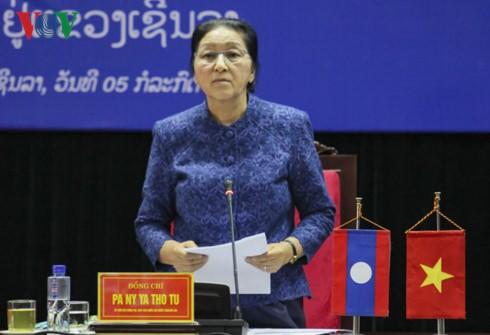 Chủ tịch Quốc hội  Lào Pany Yathotu gặp mặt lưu học sinh Lào tại Sơn La - ảnh 1