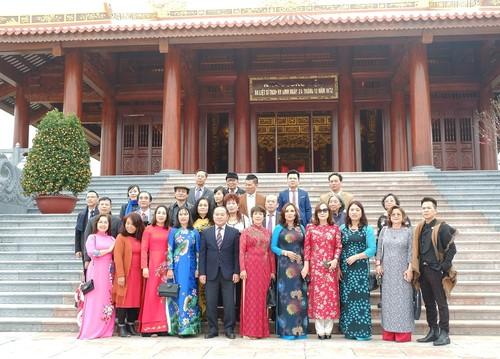 Tỉnh Thái Nguyên tổ chức chương trình chào xuân gặp mặt kiều bào và người nước ngoài nhân dịp xuân Kỷ Hợi 2019 - ảnh 3