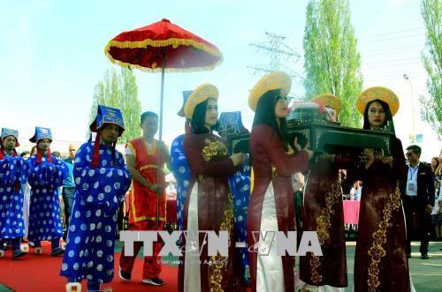 Ngày Quốc tổ Việt Nam toàn cầu - lan tỏa và vinh danh bản sắc, văn hiến Việt Nam - ảnh 2