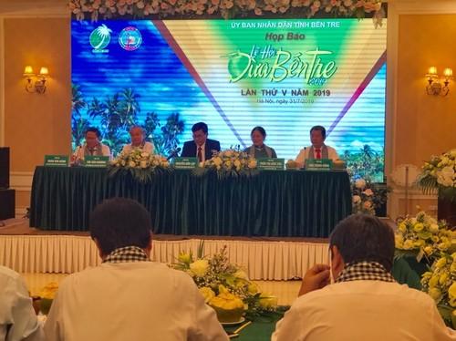 Lễ hội Dừa tỉnh Bến Tre lần thứ V diễn ra từ ngày 14- 20/11 - ảnh 1