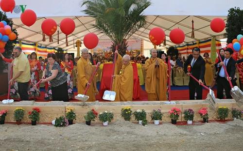 Khởi công xây dựng Trung tâm văn hóa Phật giáo lớn nhất người Việt tại Cộng hòa Czech - ảnh 2
