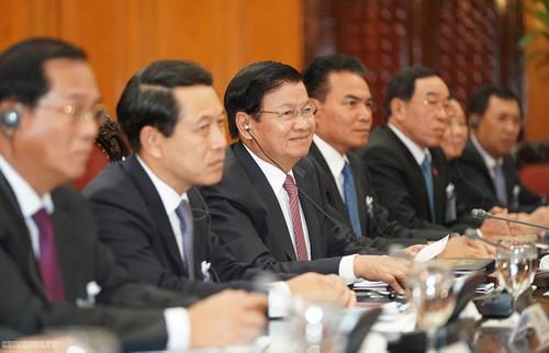 Thủ tướng Nguyễn Xuân Phúc: Trang mới trong hợp tác Việt Nam - Lào - ảnh 3