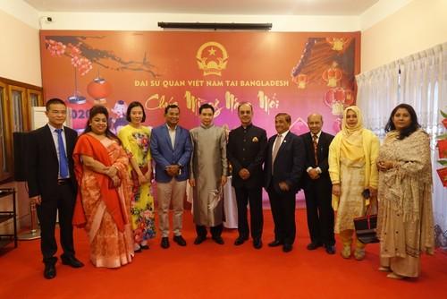 Đại sứ quán Việt Nam tại Bangladesh tổ chức Tết cộng đồng xuân Canh Tý 2020 - ảnh 2