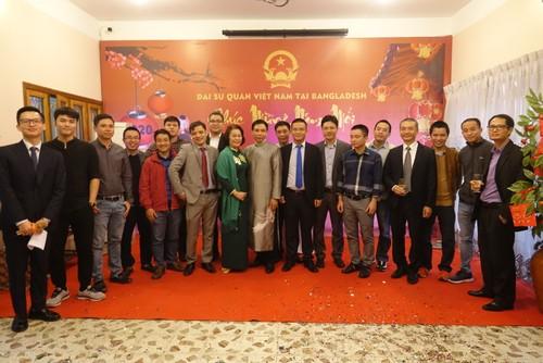 Đại sứ quán Việt Nam tại Bangladesh tổ chức Tết cộng đồng xuân Canh Tý 2020 - ảnh 5