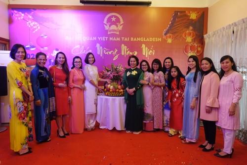 Đại sứ quán Việt Nam tại Bangladesh tổ chức Tết cộng đồng xuân Canh Tý 2020 - ảnh 6
