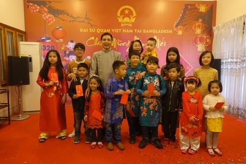 Đại sứ quán Việt Nam tại Bangladesh tổ chức Tết cộng đồng xuân Canh Tý 2020 - ảnh 9
