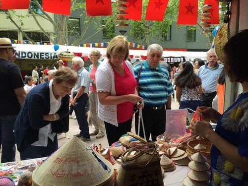 Quảng bá hình ảnh Việt Nam tại Lễ hội Đa văn hóa ở Australia - ảnh 1