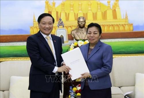 Điện mừng 65 năm Ngày thành lập Đảng Nhân dân Cách mạng Lào - ảnh 1