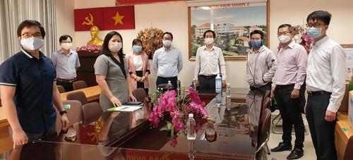 Hội chuyên gia, trí thức Việt Nam - Hàn Quốc lan tỏa yêu thương - ảnh 3