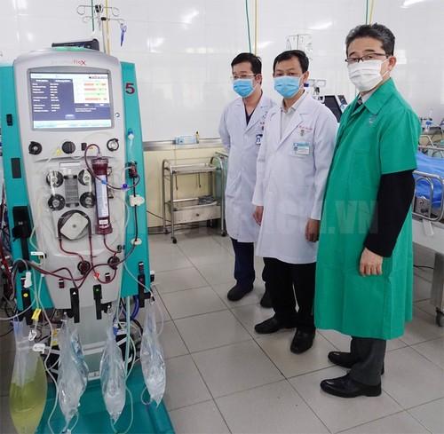 JICA cung cấp thiết bị hỗ trợ điều trị COVID-19 cho Bệnh viện Chợ Rẫy - ảnh 1