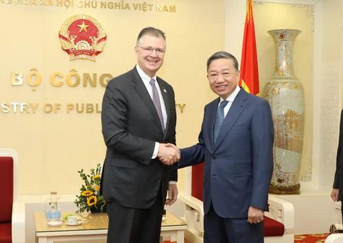 Đưa quan hệ hợp tác Hoa Kỳ - Việt Nam tiếp tục đi vào chiều sâu - ảnh 1