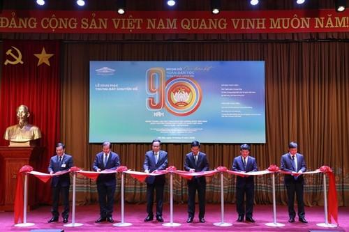 """Khai mạc trưng bày chuyên đề """"90 năm - Ngọn cờ Đại đoàn kết toàn dân tộc"""" - ảnh 1"""