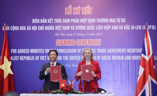 Ký kết kết thúc đàm phán Hiệp định Thương mại tự do giữa Vương quốc Anh và Việt Nam (UKVFTA) - ảnh 1