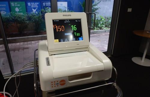 UNFPA tại Việt Nam cung cấp vật tư và thiết bị y tế phòng, chống COVID-19 - ảnh 3