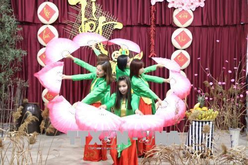Cộng đồng người Việt Nam tại Hàn Quốc đóng góp tích cực vào thành tựu chung của đất nước - ảnh 1