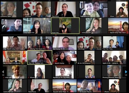 Hoạt động vui Tết cộng đồng của người Việt tại một số quốc gia  - ảnh 1