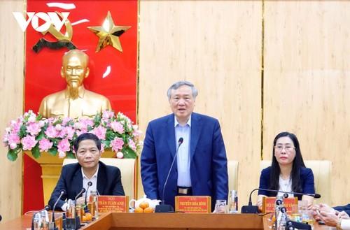 Lãnh đạo Đảng, Nhà nước thăm, chúc Tết các địa phương - ảnh 1