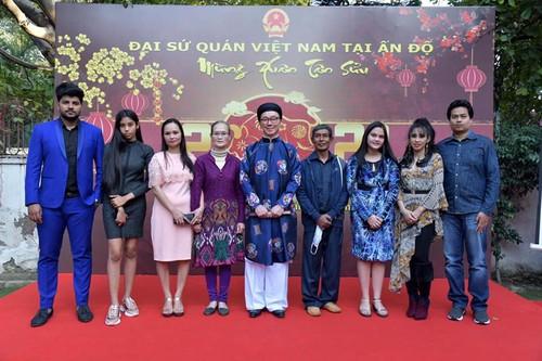 Đại sứ quán Việt Nam tại Ấn Độ  tổ chức gặp gỡ mừng Xuân Tân Sửu - ảnh 3