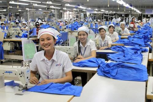 Công đoàn Dệt may Việt Nam: Nỗ lực xây dựng doanh nghiệp hạnh phúc - ảnh 1