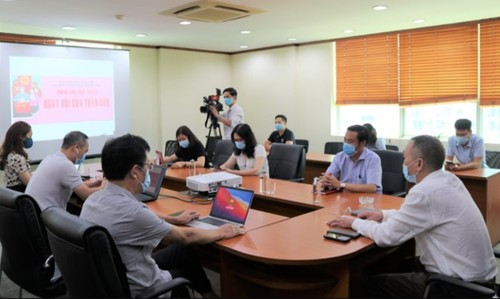 Báo điện tử Đảng Cộng sản Việt Nam tổ chức cuộc phỏng vấn trực tuyến về bầu cử đại biểu Quốc hội khóa XV - ảnh 1