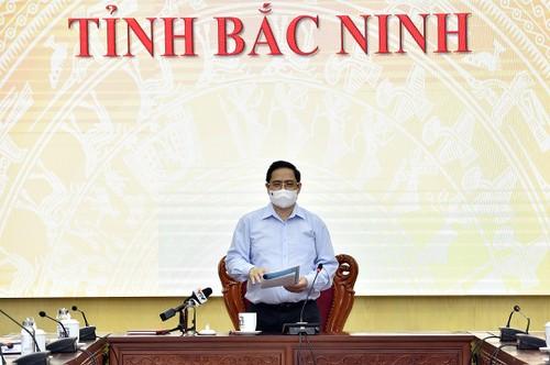 Thủ tướng Phạm Minh Chính thăm Bắc Giang và Bắc Ninh - 2 tỉnh bị ảnh hưởng nhiều nhất bởi dịch COVID-19 - ảnh 2