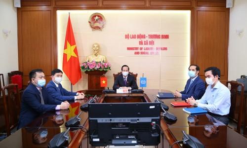 Việt Nam ưu tiên thực hiện sự phục hồi lấy con người làm trung tâm sau cuộc khủng hoảng đại dịch Covid-19 - ảnh 1