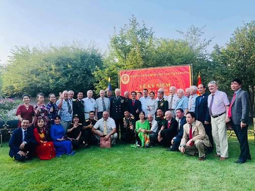 Lễ kỷ niệm 5 năm thành lập Hội Cựu chiến binh Việt Nam tại Ucraina - ảnh 1
