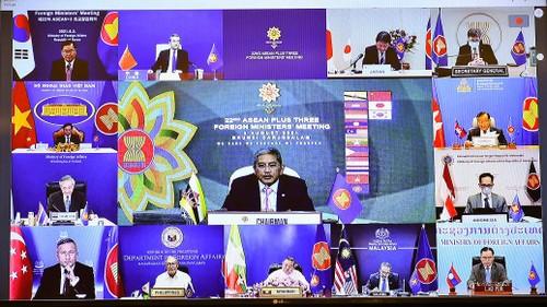 Hội nghị Bộ trưởng Ngoại giao ASEAN+3 bàn tăng cường hợp tác, chống COVID-19 - ảnh 2
