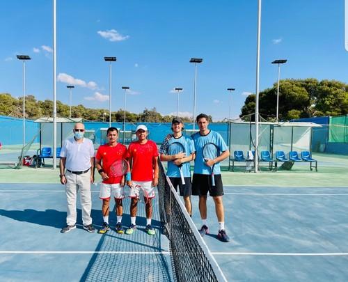 Đội tuyển quần vợt Việt Nam có trận ra quân thắng lợi ở Davis Cup - ảnh 1