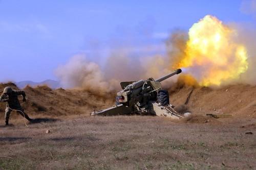 Активизация боевых действий в Нагорном Карабахе – много погибших среди мирного населения - ảnh 1