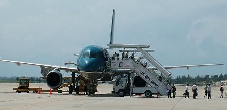 Construction of Cam Ranh airport's runway No.2 begins - ảnh 1