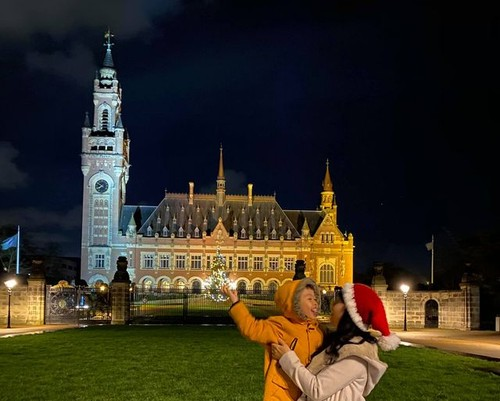 Things Dutch people do on New Year's Day - ảnh 1