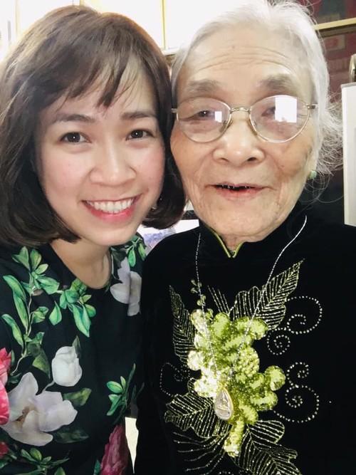 Black teeth: Vietnam's once hot beauty regimen  - ảnh 1